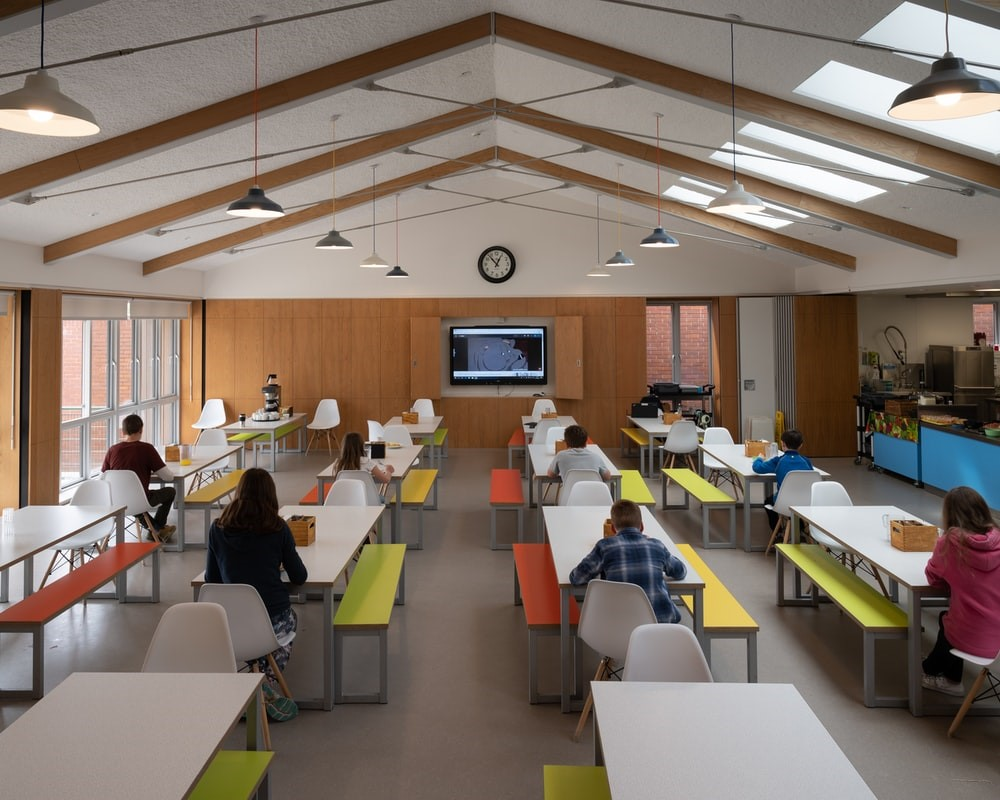 Digital Signage Solutions for Schools—How Can Schools Use Digital Signage As They Reopen?