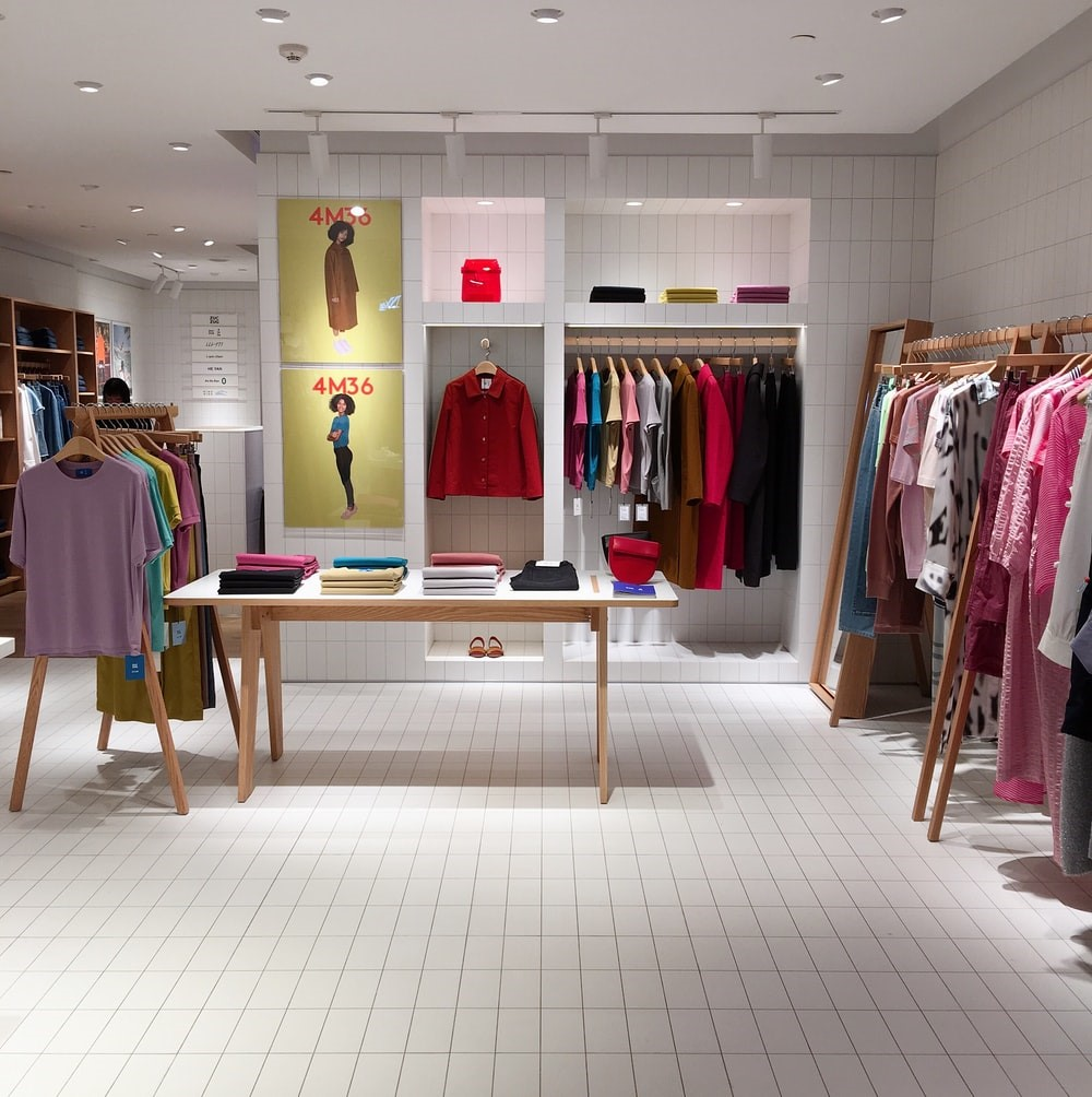 How to Engage More Customers by Transforming Your Outlet into a Visual Treat